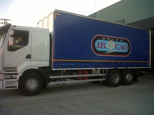Lonas confeccionadas para el vehículo del grupo J.B. Cao