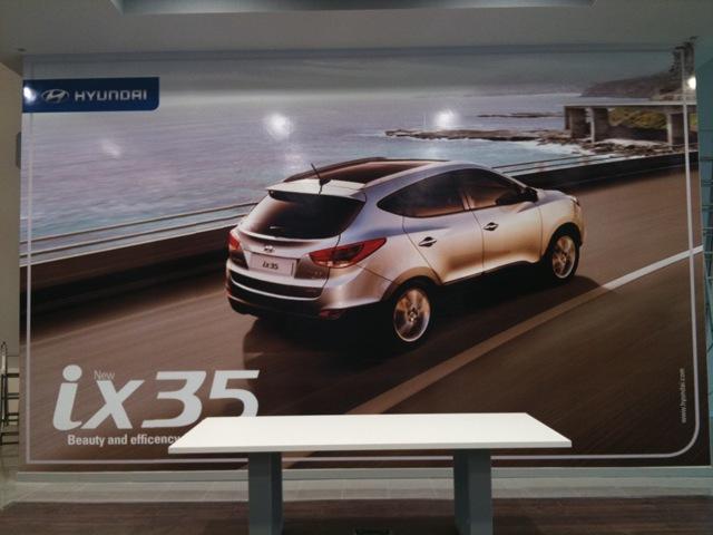 Cuadro impreso en vinilo para concesionario Hyundai