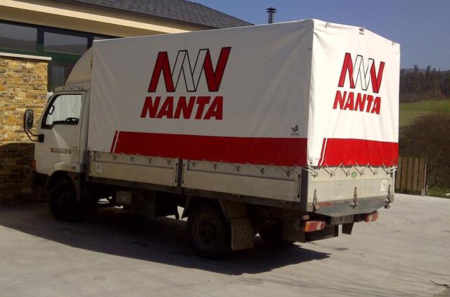 Camión Nanta después de la renovación de la lona