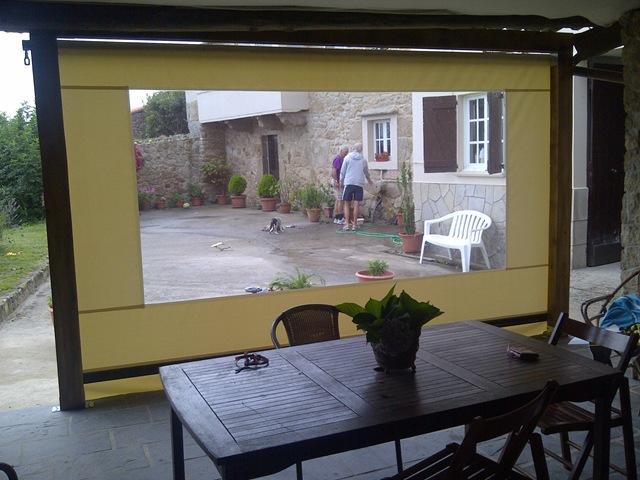 Toldo cortina o Zeus con ventanas para dejar pasarla luz del exterior