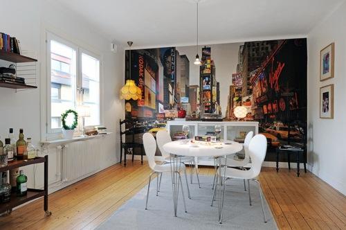 Cada vez es más usual ver estancias adornadas con murales, vinilos, papeles...