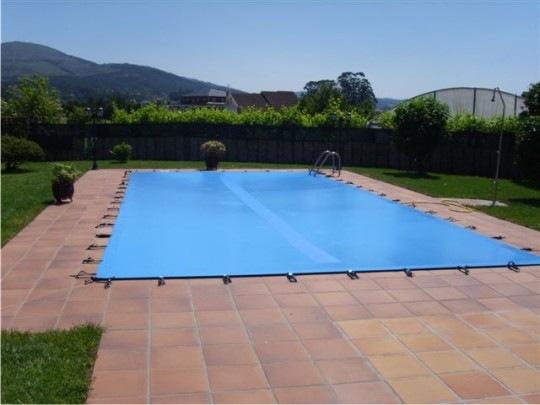 Cubierta piscina blog for Ideas para piscinas plasticas